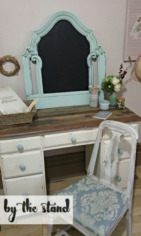 from-headboard-to-chalkboard-chalkboard-paint-crafts-how-to (9)